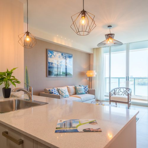 Royal Palms Apartments: Beach Apartment In Panama